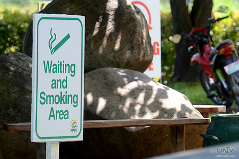 Waiting and smoking area